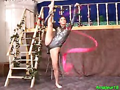 Flexible gymnast gets hard fucked sex and oral job