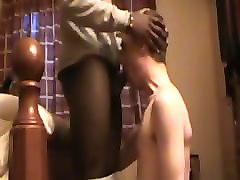 grindr hookup: sucking 18 year old black stranger