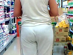 milf embarazada en el super milf pregnant at supermarket