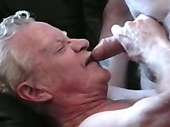 2 grandpas play and cum