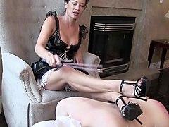 Избиение раба госпожой 2 фотография
