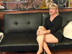 transvestite at clips4sale.com