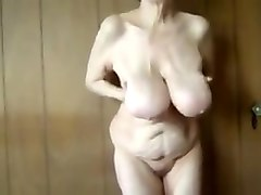 Amazing Amateur video with Grannies, Solo scenes